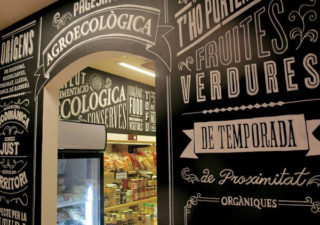Typographie : Devanture de magasin Rétro 1
