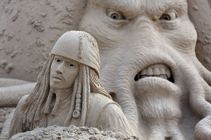 Weston Sand Sculpture Festival 2013 (11)