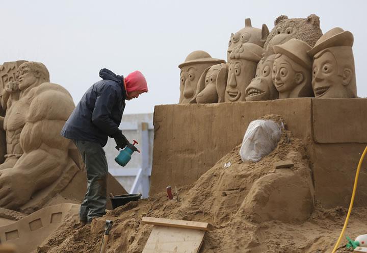 Weston Sand Sculpture Festival 2013 (23)