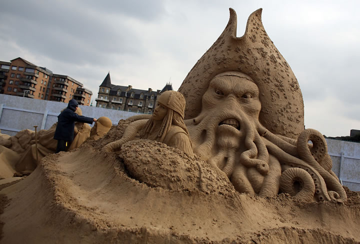Weston Sand Sculpture Festival 2013 (3)