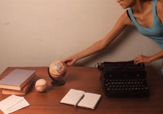 Anamorphose : Illusion d'un bureau complet  1