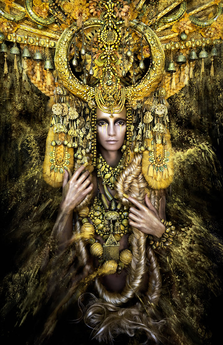 Wonderland Gaia, The Birth Of An End Kirsty Mitchell (2)