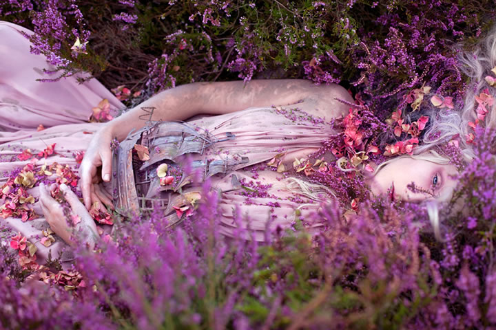 Wonderland Gaia, The Birth Of An End Kirsty Mitchell (4)
