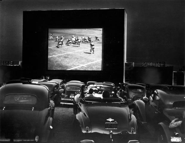 03 Un drive-in sur le route 1 - Virginie, États-Unis, 1941