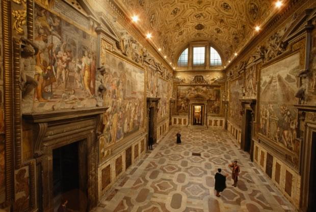 13 La Sala Regia dans le Palais apostolique (Vatican, 1985)