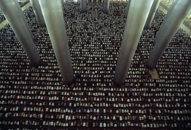 14 La mosquée Istiqlal à Jakarta (Indonésie, 2013)