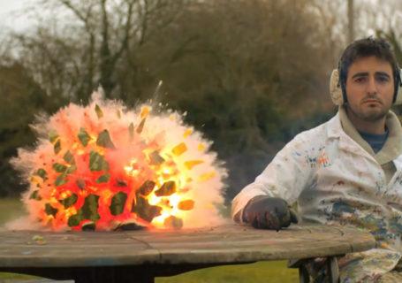 Slowmotion : Explosion de pastèque de l'intérieur 9