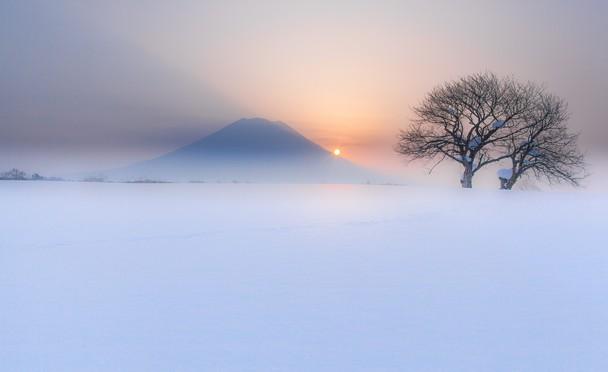 Fogy Ezo Fuji by Mitsuhiko Kamada