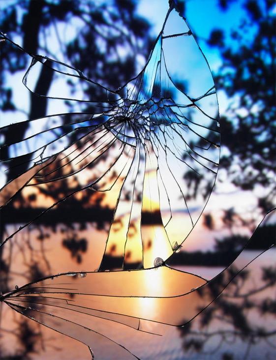 broken-mirror-3