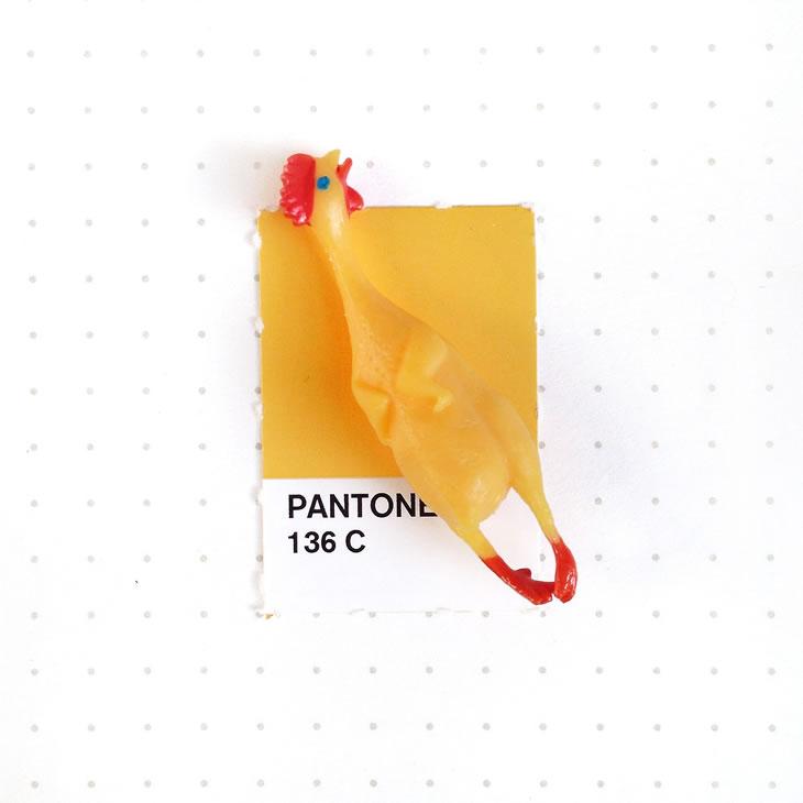 objets-couleur-pantone-22