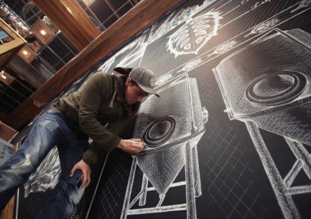 Typographie : La magnifique fresque de craie de Ben Johnston 1