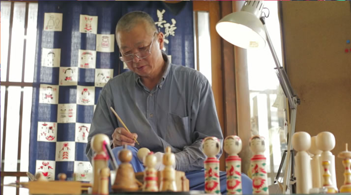 creation-poupees-bois-Kokeshi
