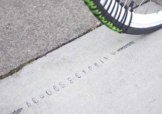 Street-art : écrire avec un vélo