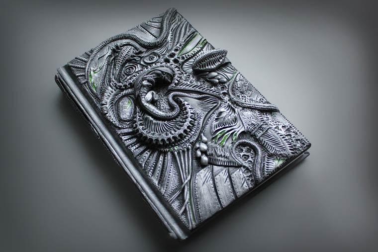 couverture-livre-relief-Aniko-Kolesnikova-5