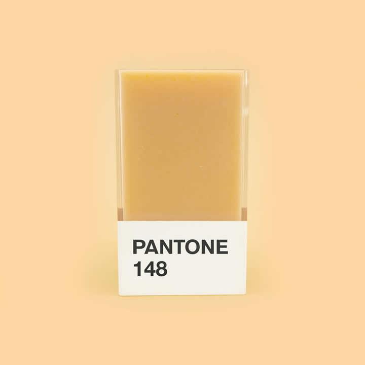 smoothie-pantone-19