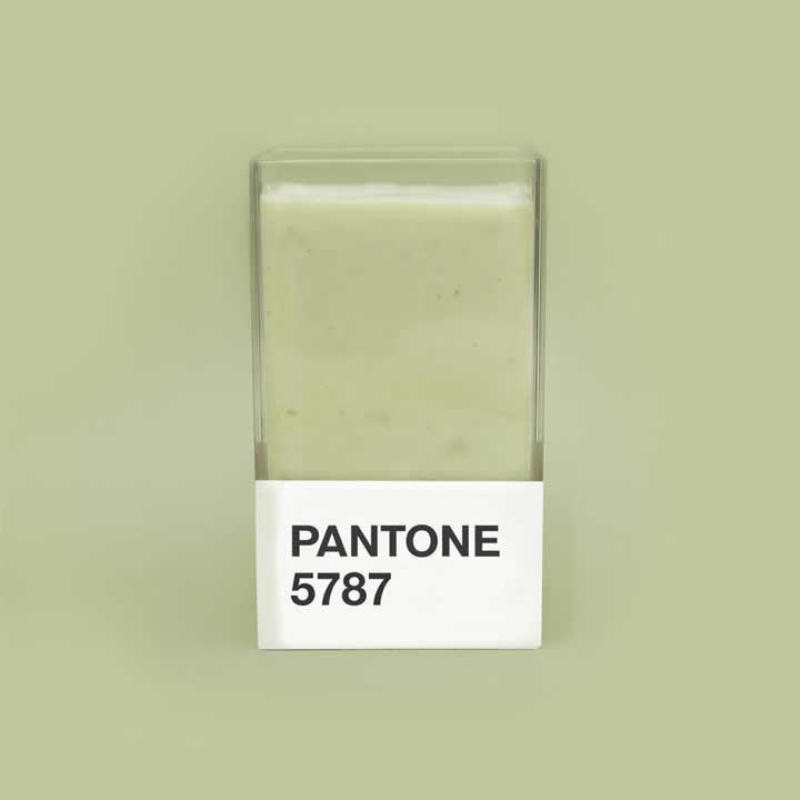 smoothie-pantone-31