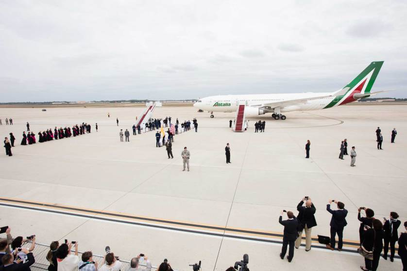 The arrival of Pope Francis at Joint Base Andrews, Md., Sept. 22, 2015.