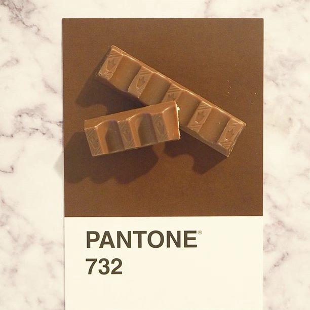 pantone-product-irl-21
