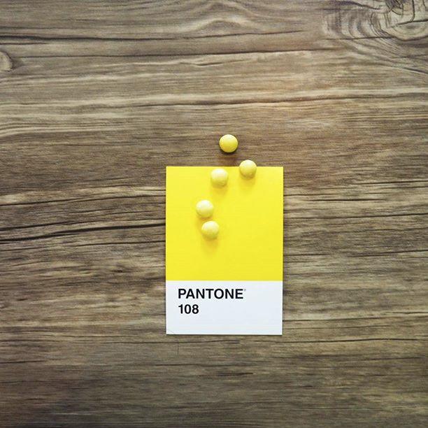 pantone-product-irl-27