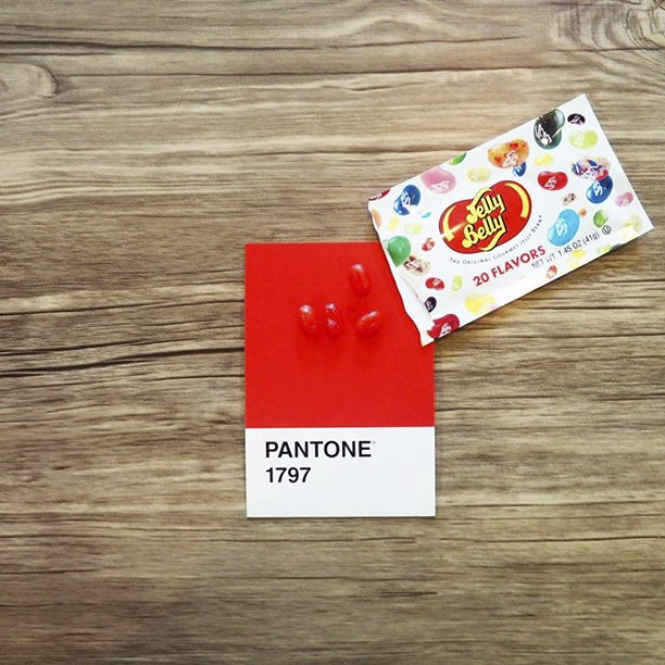 pantone-product-irl-39