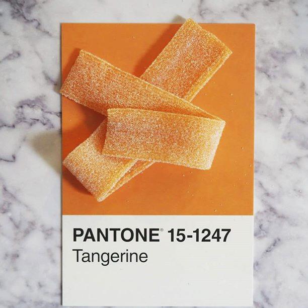 pantone-product-irl-9