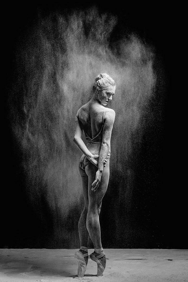 danseuse-farine-photos-Alexander-Yakovlev-10