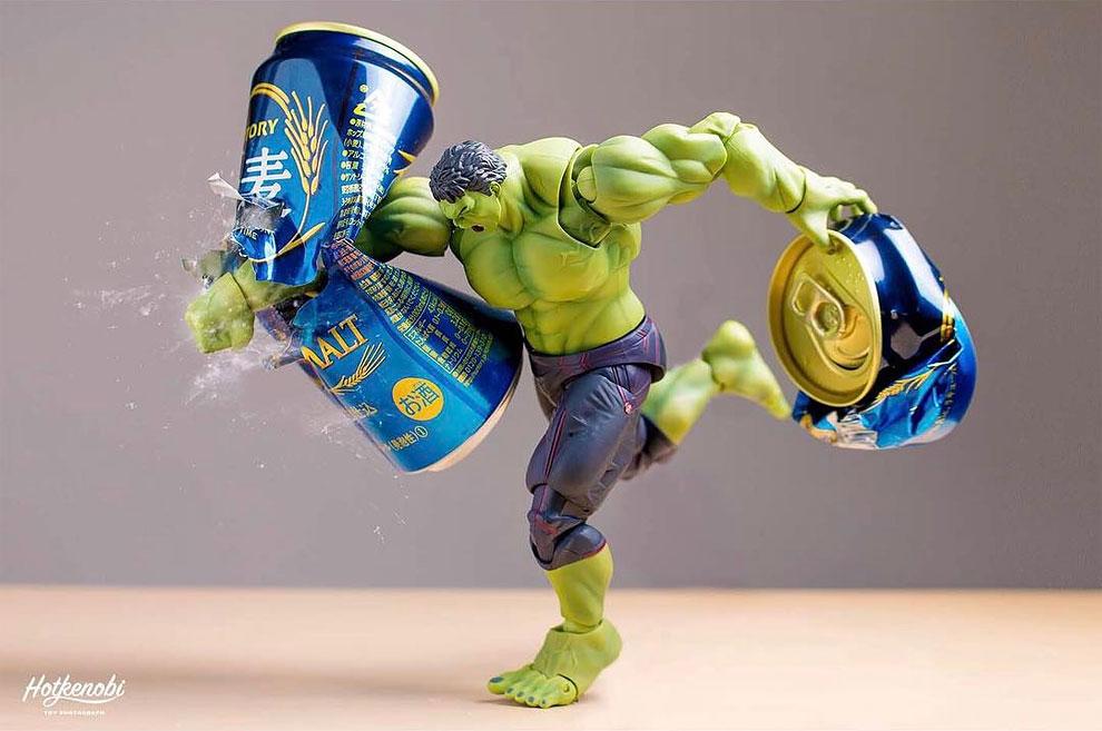 Photographies : Des figurines de super-héros en action 3