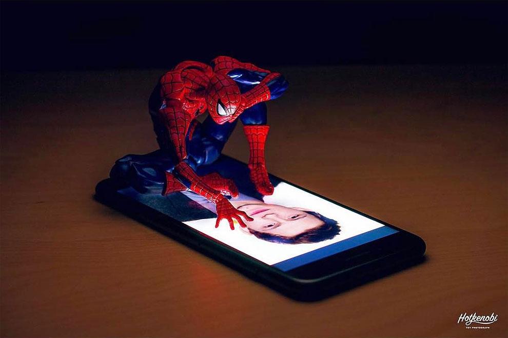 Photographies : Des figurines de super-héros en action 4