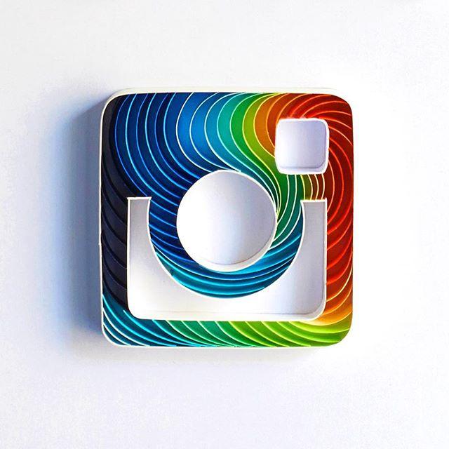 Illustrations : Typographie en sculpture sur papier 8