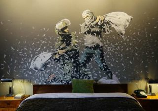 BANKSY Décore le Walled Off Hotel 1