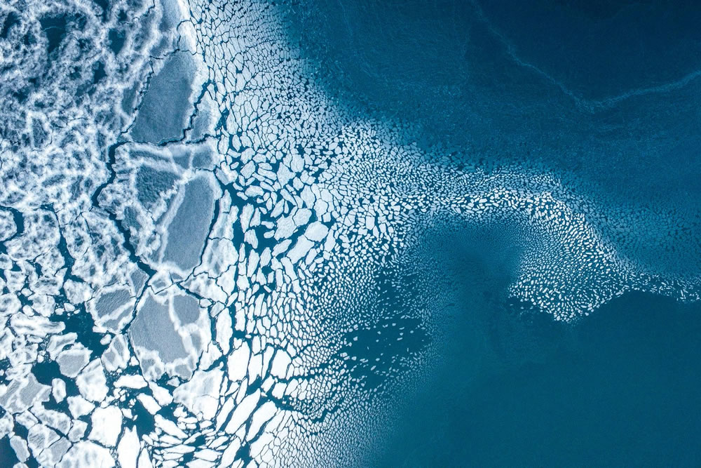 3rd prize winner, category nature, Ice formation, Greenland by Florian