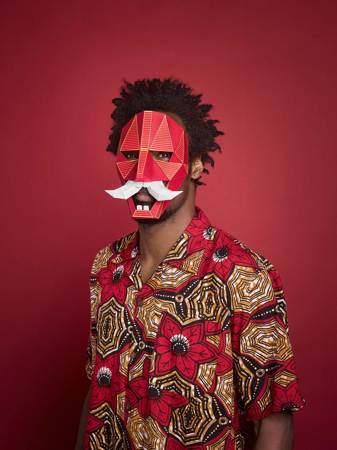 Des superbes masques Greek en Papier pour le Festival de Barcelone 3