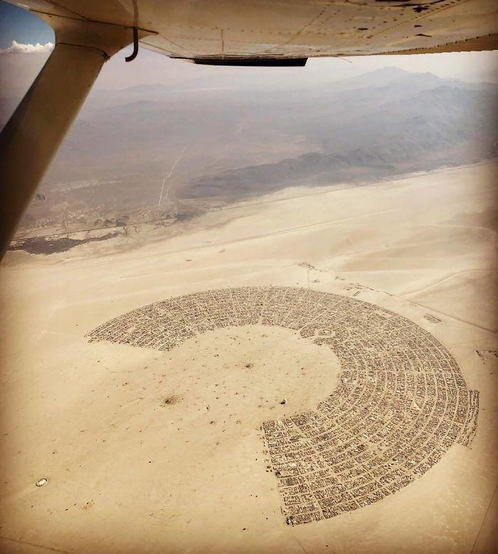 Les meilleures photos du Burning Man 2018 et ses créations grandioses 11