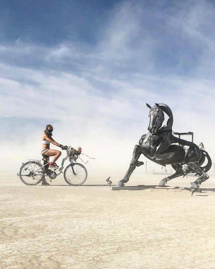 Les meilleures photos du Burning Man 2018 et ses créations grandioses 16