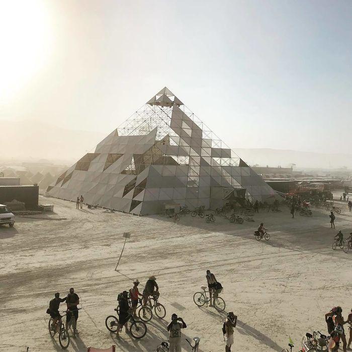 Les meilleures photos du Burning Man 2018 et ses créations grandioses 21