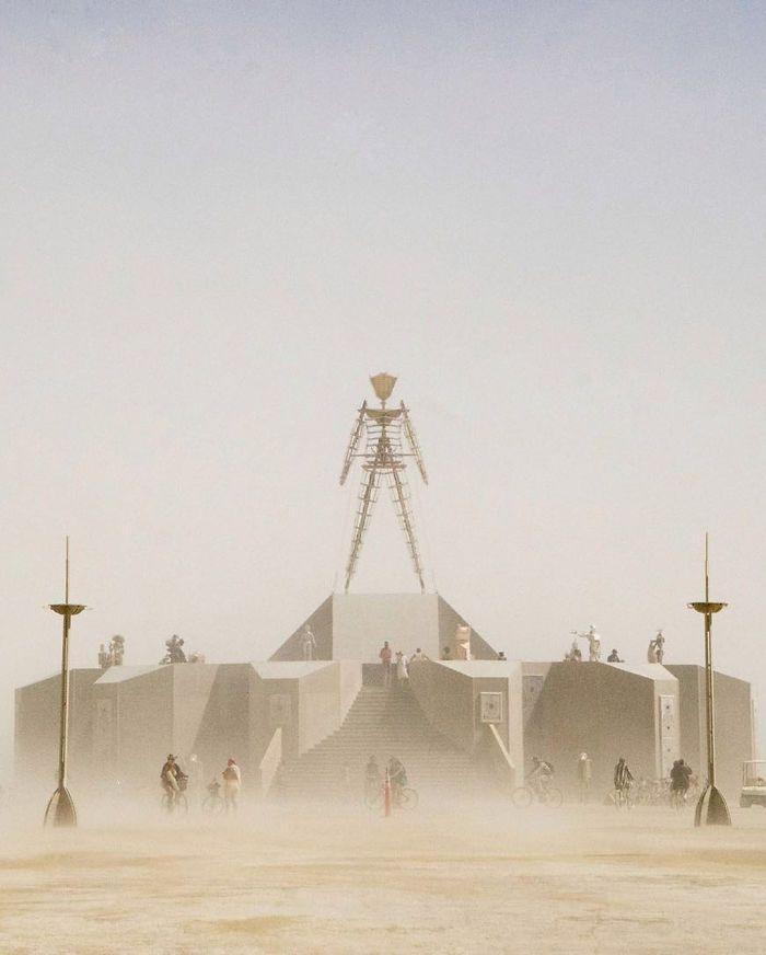 Les meilleures photos du Burning Man 2018 et ses créations grandioses 32