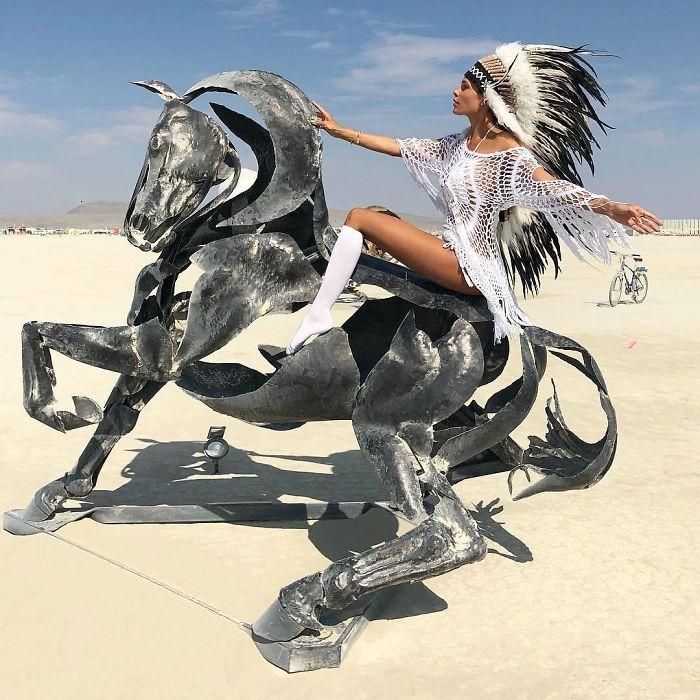 Les meilleures photos du Burning Man 2018 et ses créations grandioses 7