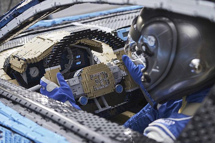 LEGO à construit une Bugatti Chiron avec 1 Million de pièces 3