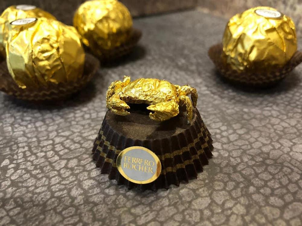 Les sculptures en Ferrero rocher par Ciro Wai 8