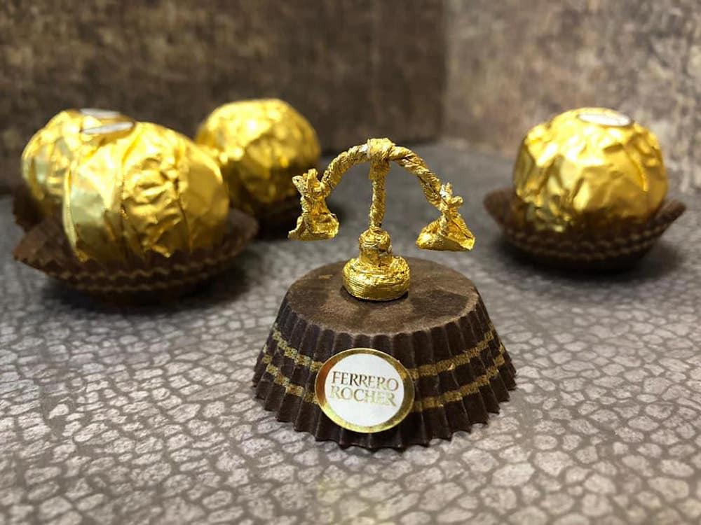 Les sculptures en Ferrero rocher par Ciro Wai 5