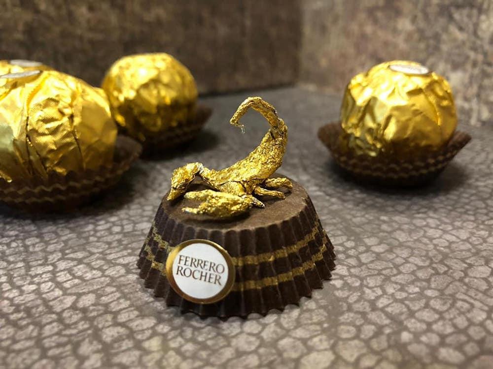 Les sculptures en Ferrero rocher par Ciro Wai 4