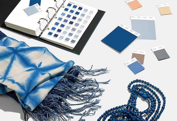 Couleur Pantone 2020 - Classic Blue 19-4052 4