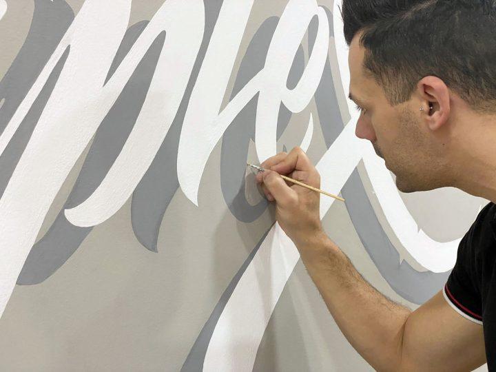 Vidéo d'un superbe Lettering Mural (Wall Painting) 2
