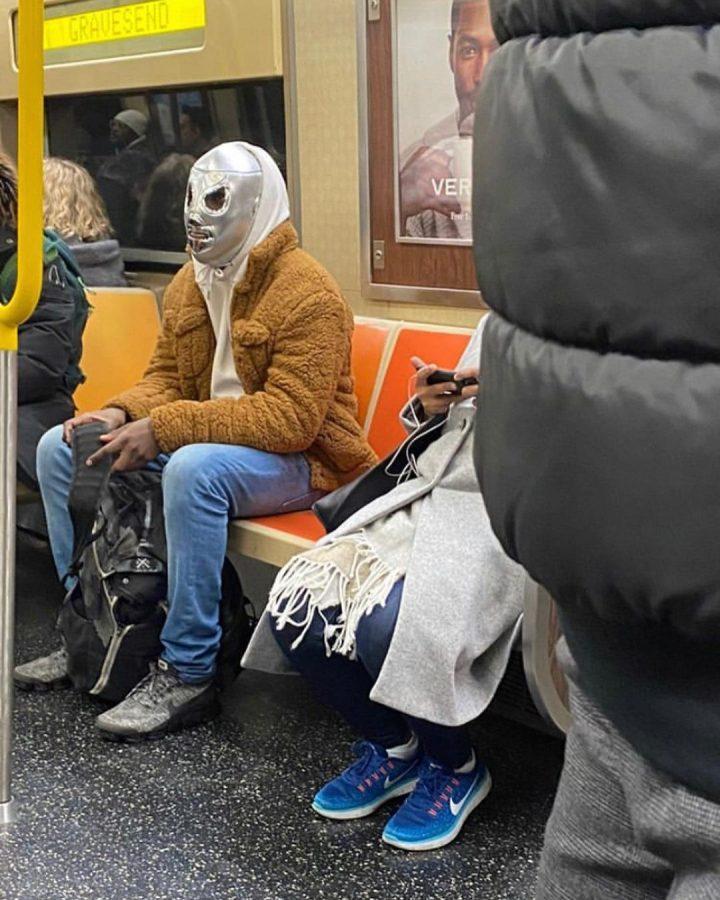70 masques insolites contre le Covid 19 15
