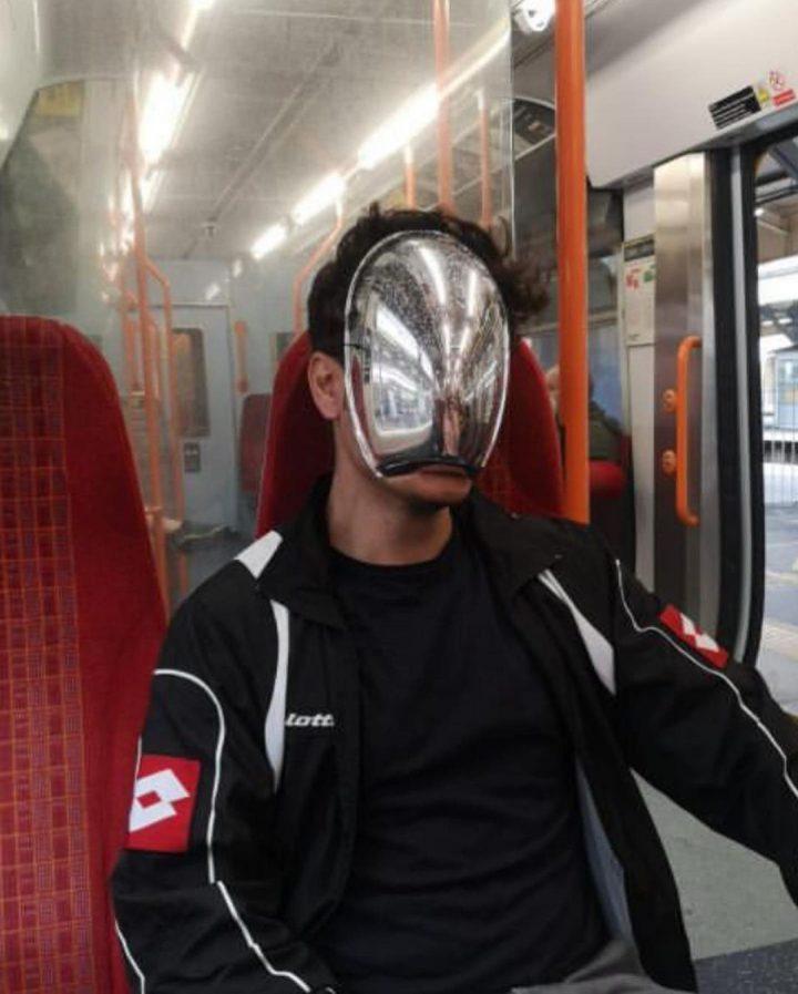 70 masques insolites contre le Covid 19 45
