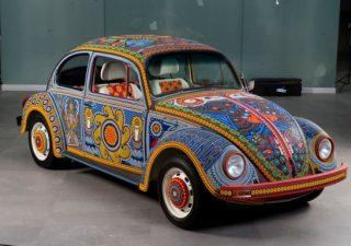 """Volkswagen Beetles """"Vochol"""""""