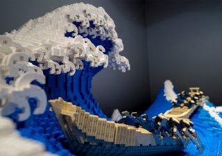 «La Grande Vague» de Kanagawa recréée en LEGO