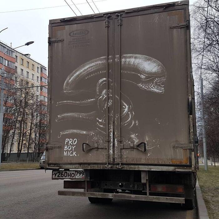 Faire de l'art avec des véhicules sales 5