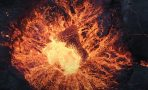 Video d'un drone au dessus d'un volcan en erruption 3