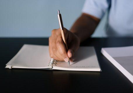 6 raisons pour lesquelles le stylo personnalisé est un excellent cadeau 2